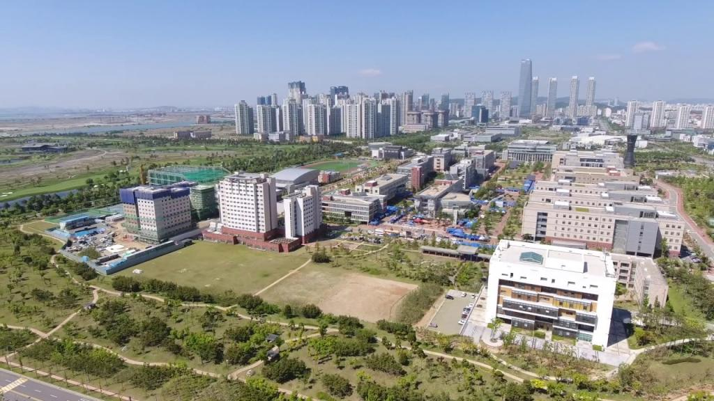 Incheon University's campus introduction video