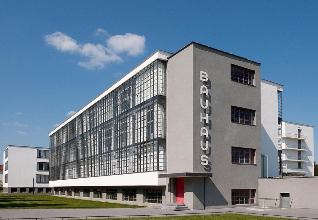 The Bauhaus sites have been included to the UNESCO natural and cultural heritage sites in 1996.