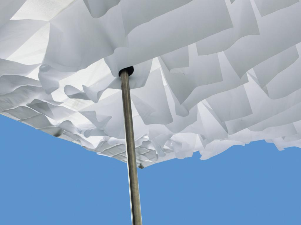 BREEZER, an innovative parasol concept which plays with wind, movement and light. by Davy Grosemans