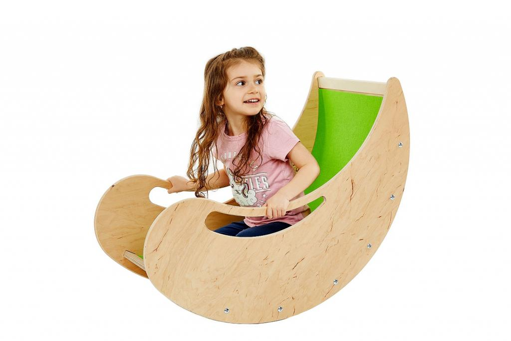 A rocker and a climber, for kids from 2 to 5 years of age