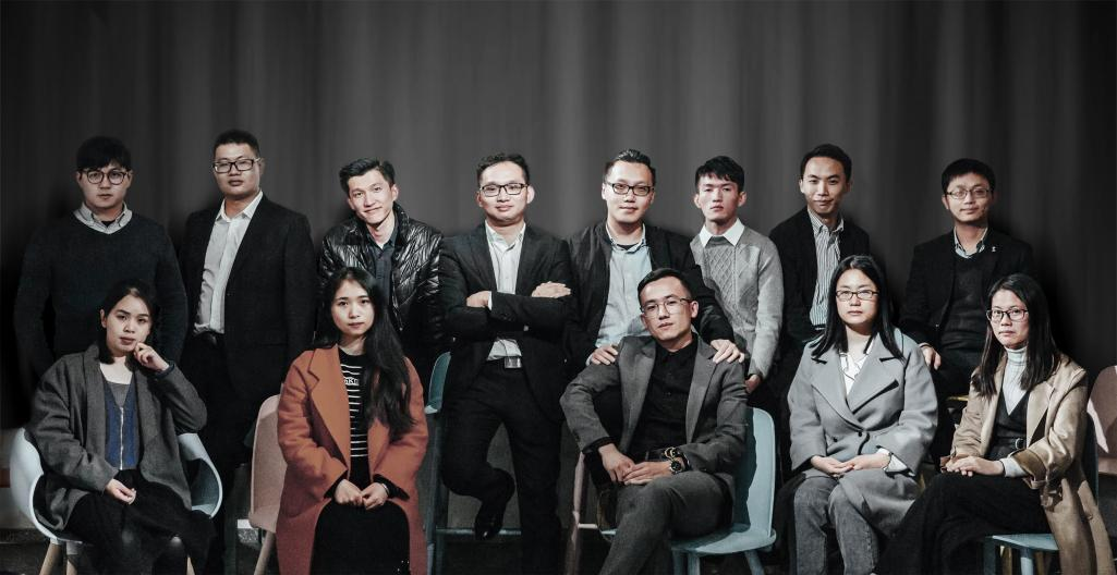 SHOWME team - Digital product design consulting service agency