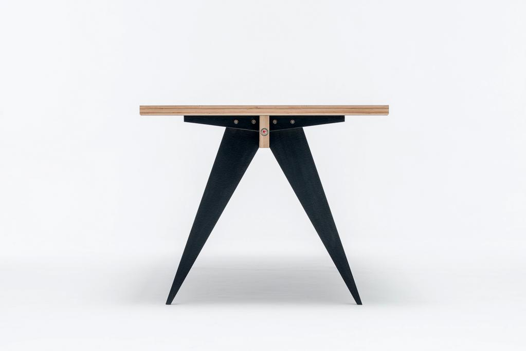 Simple yet important – ST Calipers BD is a modern table that easily follows you, every move you make